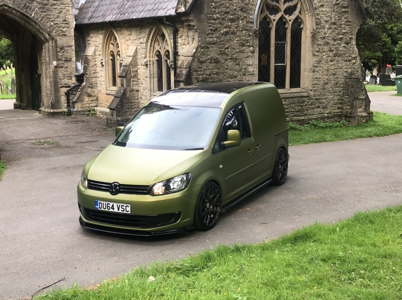 View VOLKSWAGEN CADDY TDi 102 SWB CUSTOM Startline